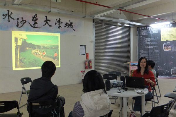 千里步道協會執行長分享如何打造單車友善鄉鎮。(唐茹蘋攝)