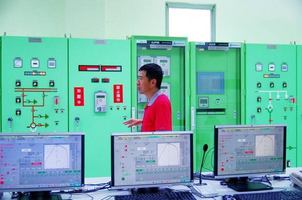 萬大電廠松林分廠採用遠端操控模式運作,是座無人電廠。(陳里維攝)