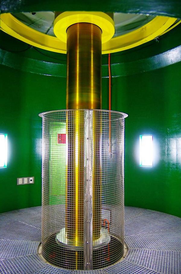 萬大電廠松林分廠二號機模組,構件相當精密。(陳里維攝)