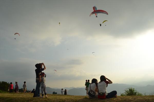 虎頭山飛行傘,埔里飛行傘,飛行傘,無動力飛行