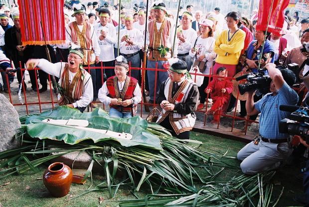 番親,平埔族,埔里平埔族,水沙連,噶哈巫,鄧相揚,打里摺