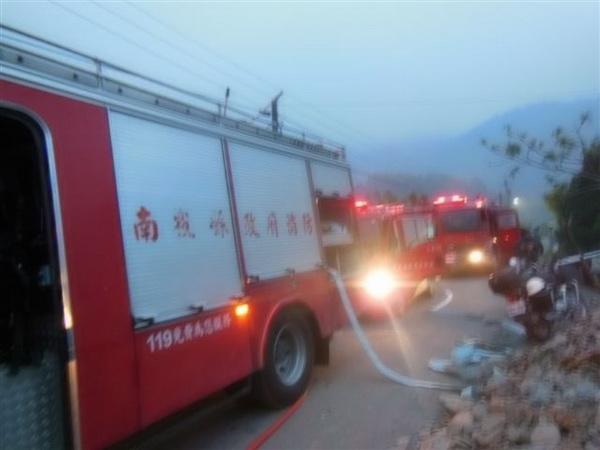 武界部落民宅火警,再次凸顯部落離消防隊過遠,救災馳援不易的問題。(柏原祥翻攝)
