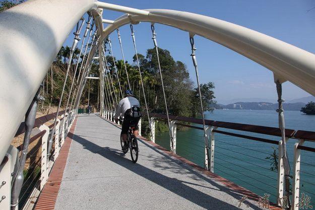 日月潭環潭公路 入選全球十大最美自行車道