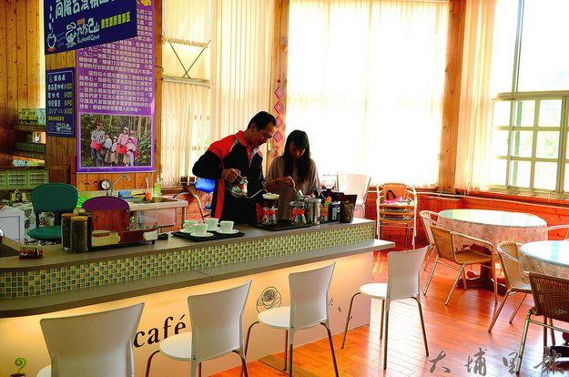 國姓鄉咖啡文化館的氣氛,就像是精品咖啡館。(柏原祥攝)