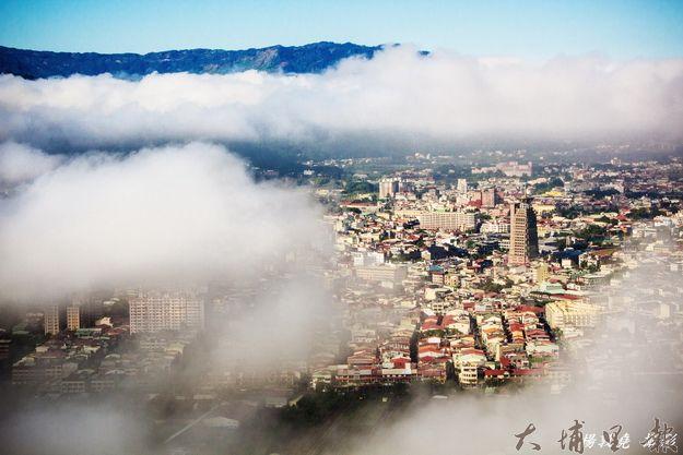 虎頭山可拍攝到難得的低空雲海。(圖/楊敦堯提供)