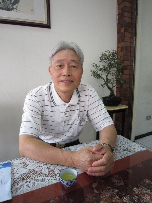 家扶前主委陳鏡正表示,關懷社區要及時,希望大家能踴躍參加活動。(林子婷攝)