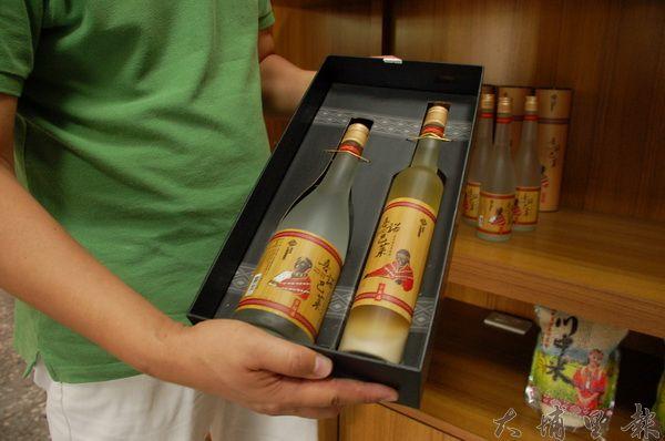 小米酒是原住民常釀的酒類,但法律規定私釀酒不得公開陳列、販售。(柏原祥攝)