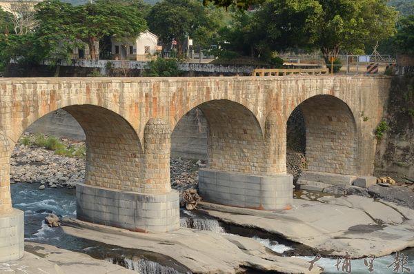 國姓糯米橋是三級古蹟,是全台保留最完整的糯米橋。(柏原祥攝)