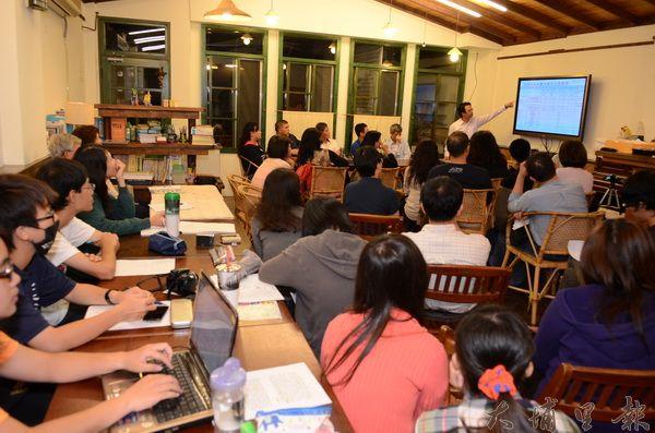 水沙連辦公室舉辦的「埔里研究會」,參與鎮民愈來愈踴躍。(柏原祥攝)