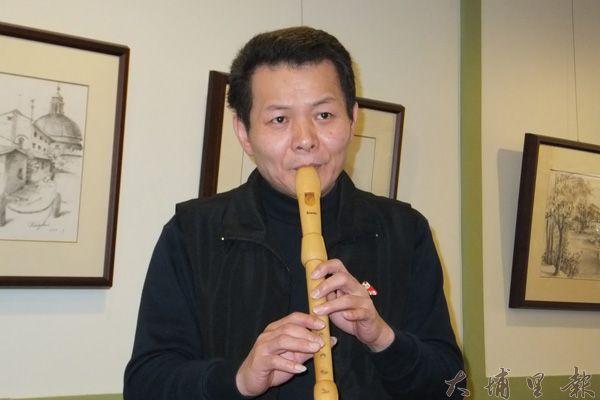 沈慶芳除了木笛,還精通薩克斯風。(唐茹蘋攝)