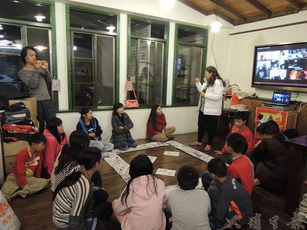 新移民與新移民之子文化交流與傳承團體活動過程。(暨大社工系提供)