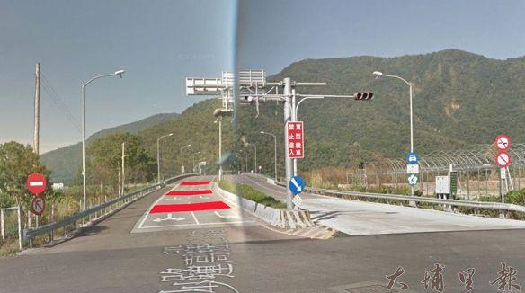 國道6號埔里交流道將加設路面紅色警示標線,避免逆向違規。(模擬畫面/高公局提供)