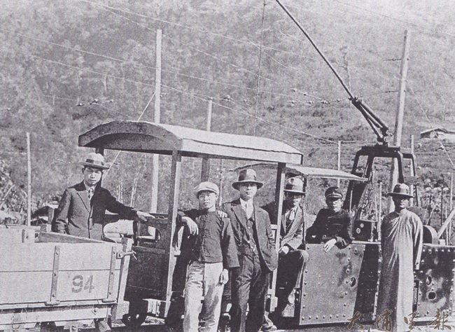 早年電車的模樣。(潘樵提供)