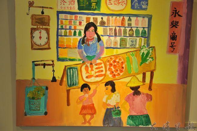 內加道長青繪畫班年近90歲的蘇錫阿嬤,描繪她早年顧「永興商號」柑仔店的場景。(柏原祥翻攝)