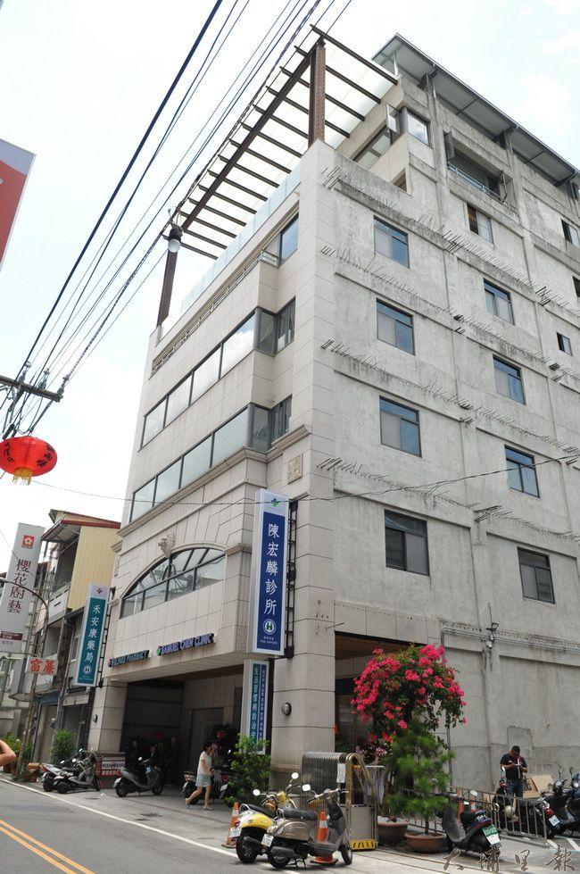 陳宏麟診所是一棟7層樓的建築,除了看診空間,另加設健康廚房、衛教會議室、健身房。(柏原祥攝)