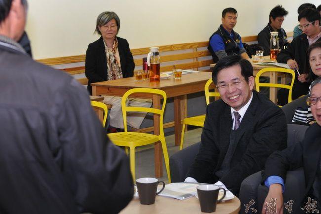 教育部長潘文忠至暨大與埔里鎮桃米社區,瞭解人文創新與社會實踐計畫推行的情形。(柏原祥 攝)