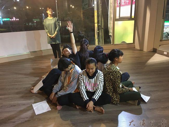 團體上課凝聚同學向心力,培養學習氛圍,互相鼓勵、互相幫助。(Kumu Basaw提供)