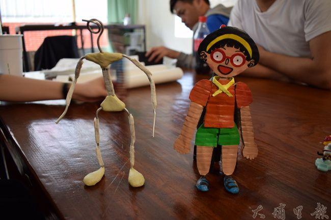 《霾哥來了》可以自由活動的玩偶關節,是透過精密骨架,讓動畫師操控。(李休睏 攝)