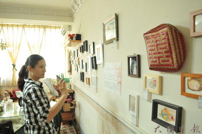 劉家汶在埔里鎮樂川櫻田小舖舉辦義賣畫展,即日起展覽至7月底。(柏原祥 攝)