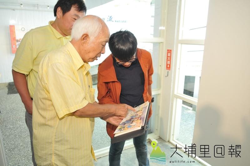 國寶級水彩畫家孫少英在紀錄片募資記者會中指導青年人。(柏原祥攝)