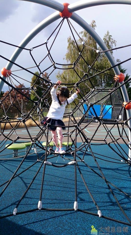 美國西雅圖的公園是小孩的天堂。(曾素滋提供)