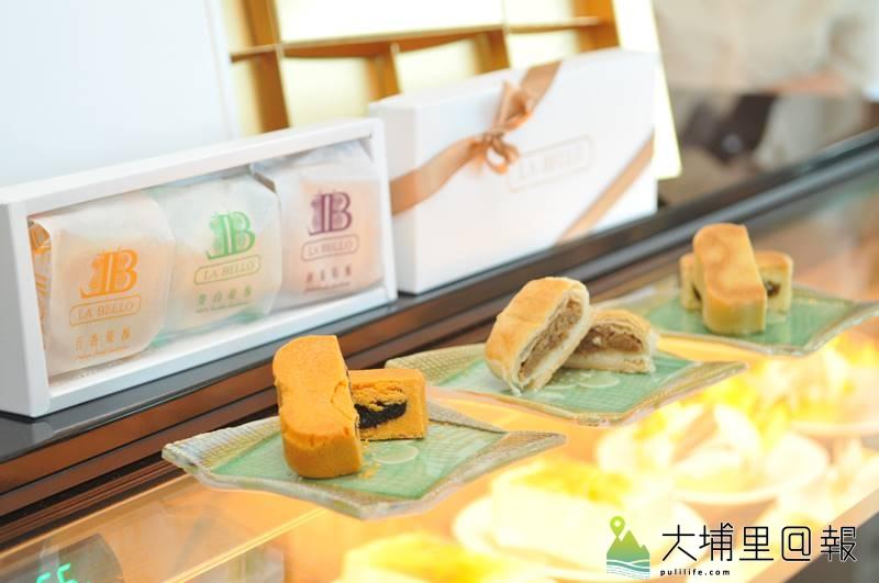 日月潭國家風景區管理處埔里遊客服務中心化身為「青農小舖」,並委外販售義式冰淇淋與糕點。(柏原祥 攝)