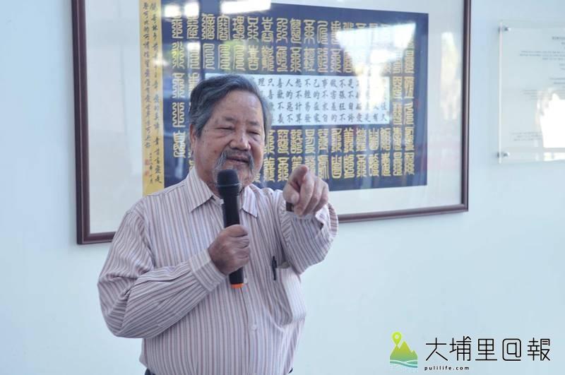 埔里畫家沈政瑩捐出畫作義賣,協助埔基醫院推展偏鄉長期照護計畫。(柏原祥 攝)
