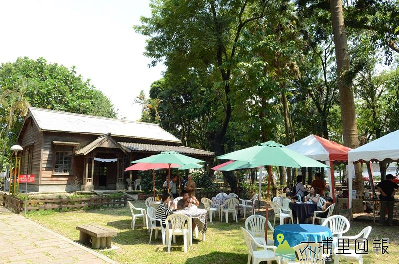 埔里演習林經常辦市集活動,但其日式木造歷史建物與北海道大學之間的連結,台灣咖啡起源地的故事卻少有人知。(柏原祥 攝)