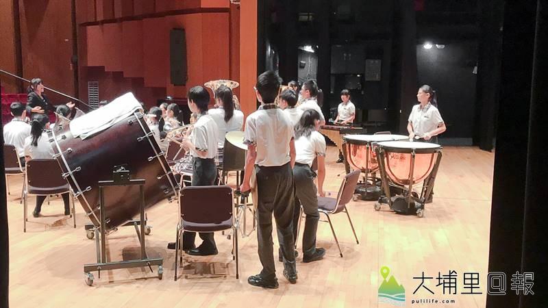 南投縣埔里大成國中管樂團最終榮獲106年度全國音樂比管樂合奏國中團體 A 組優等第一名。(圖/大成國中提供)