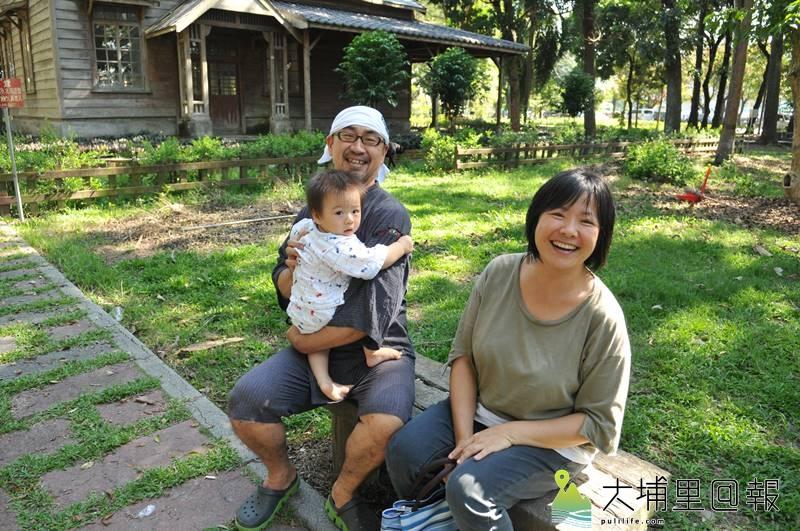 日籍埔里女婿菅 大志是北海道大學農學博士,他來到埔里落地生根,與妻子王淑美過著幸福的生活。(柏原祥 攝)