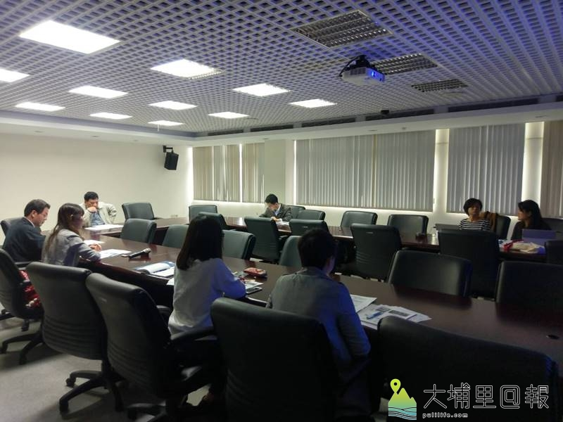 南投縣政府與國立暨大附中商討合作方式,2018的「國際奧林匹亞機器人大賽」在埔里舉辦。(圖/暨大附中提供)