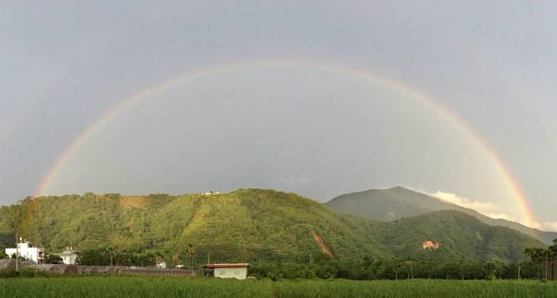 中心路雙層彩虹(柏原祥 攝)