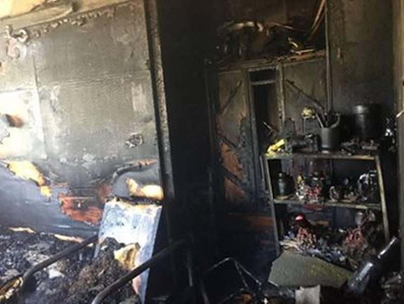 位於埔里鎮與仁愛鄉交界的過坑地區,一戶民宅發生火警,內部家具、電器付之一炬。(圖/熱心讀者提供)