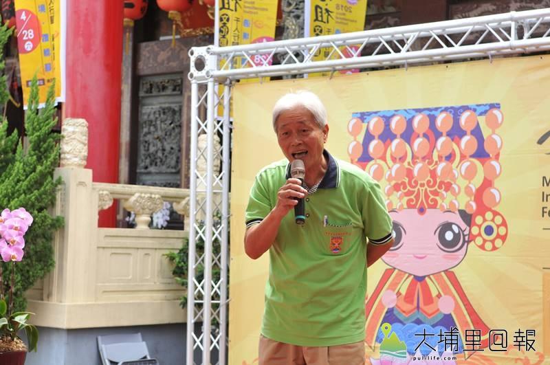 埔里天后宮主任委員陳鏡正表示,天后宮媽祖已進化到「環保3.0」。(柏原祥 攝)