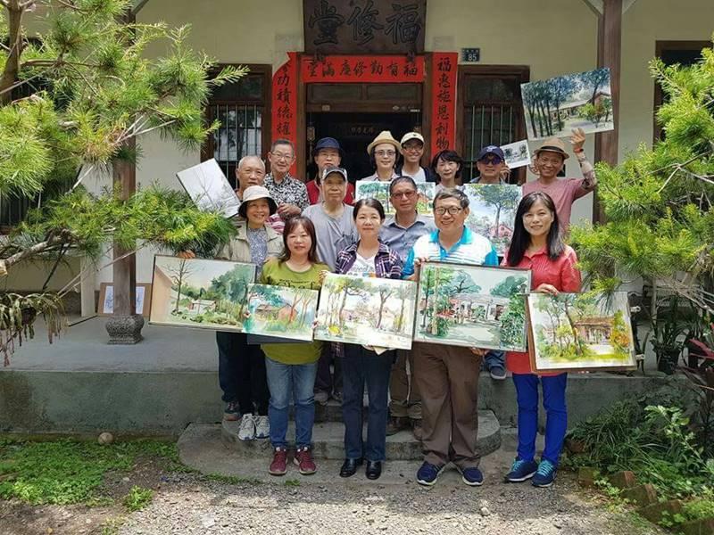 來自全台各地的藝術家至埔里林家古厝寫生,為埔里鎮內文化資產留下畫作記錄。(林耀堂 提供)