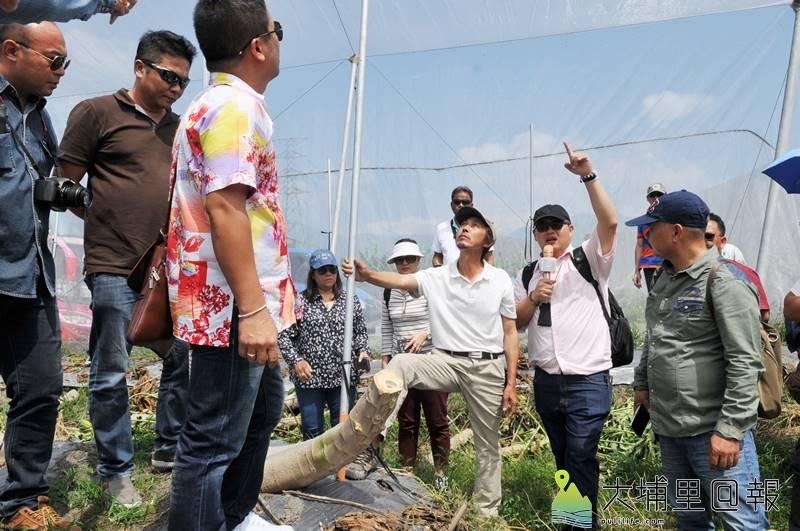 來自泰國的Melon King農業社團至埔里取經,向川遠農經公司學習木瓜、百香果的種植經驗。(柏原祥 攝)