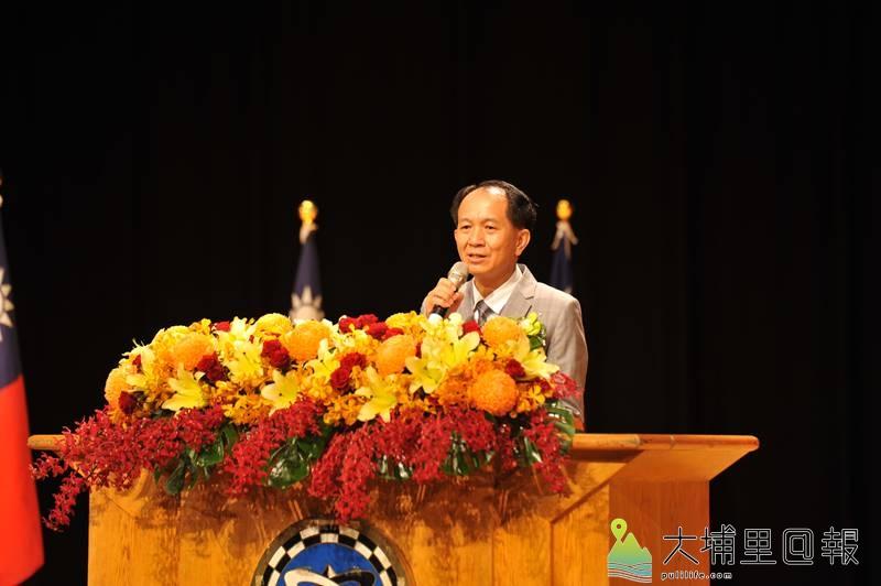 新任埔里鎮長廖志城交接後,隨後發表演說。(柏原祥 攝)