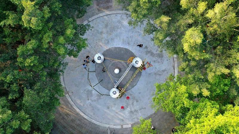 地理中心碑在日治時期,曾是能高神社的舊址,目前還殘存少數史蹟。(圖/陳巨凱提供)