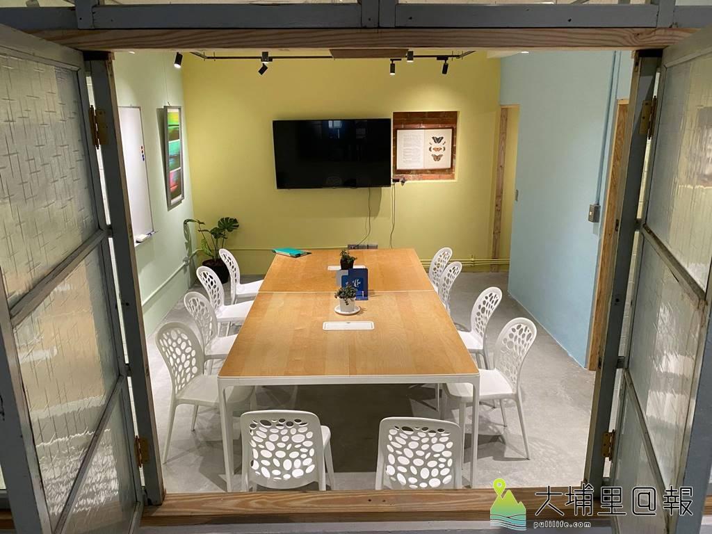 暨大R立方學堂2.0與順騎自然合作,營造埔里共學共工的空間,建築設計保留許多老房子的元素。(圖/陳巨凱提供)