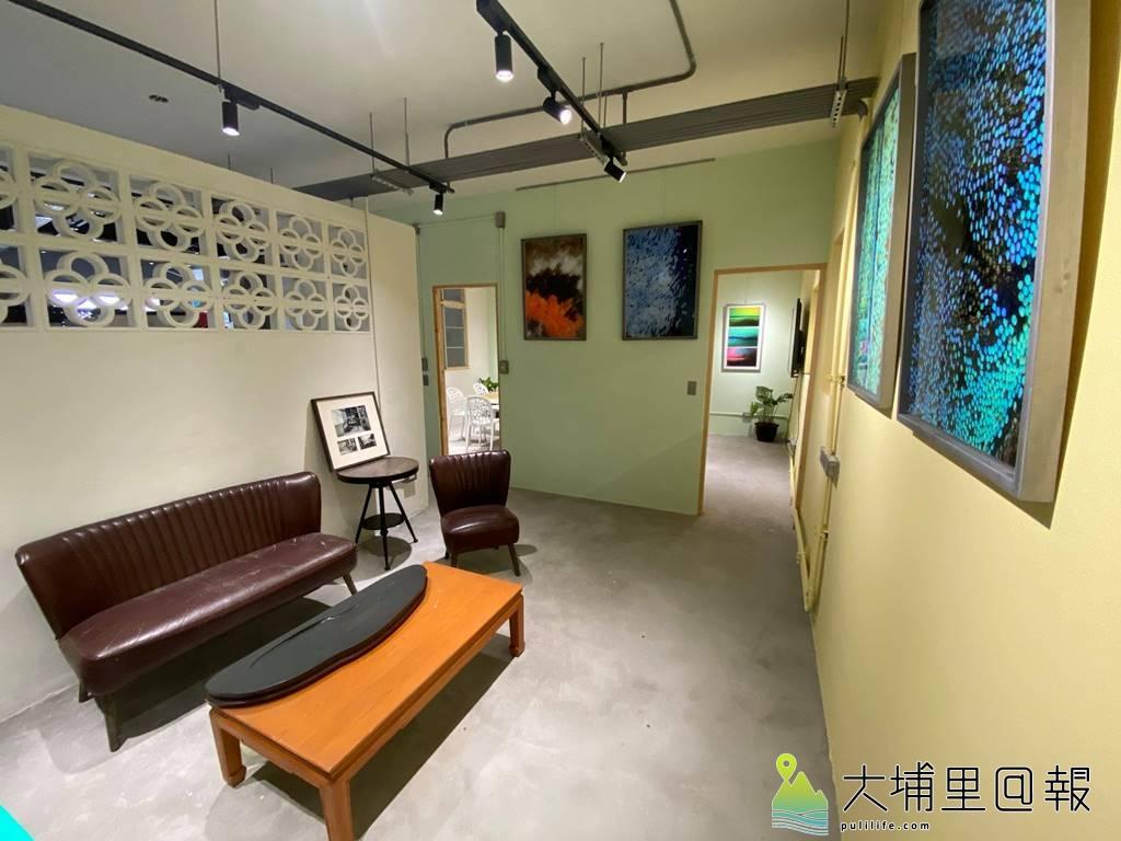 暨大R立方學堂2.0與順騎自然合作,營造埔里共學共工的空間,建築設計保留許多老房子的元素,如隔間的花牆。(圖/陳巨凱提供)